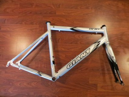 GIANT OCR ROAD BIKE FRAME SET