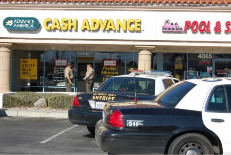 Cash advance robbery in